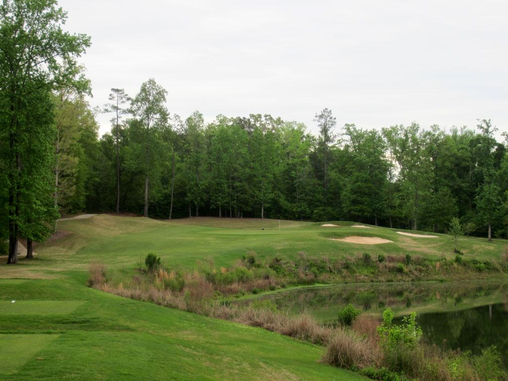 17th Hole at Auburn University Club (208 Yard Par 3)