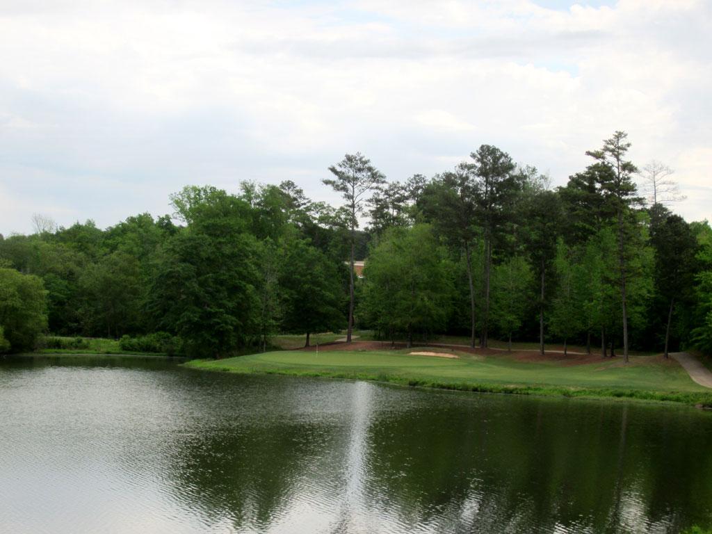 8th Hole at Auburn University Club (196 Yard Par 3)